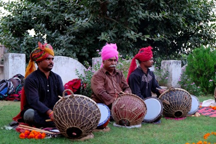 """Nagara"" culture and the folk rhythms in Pushkar"